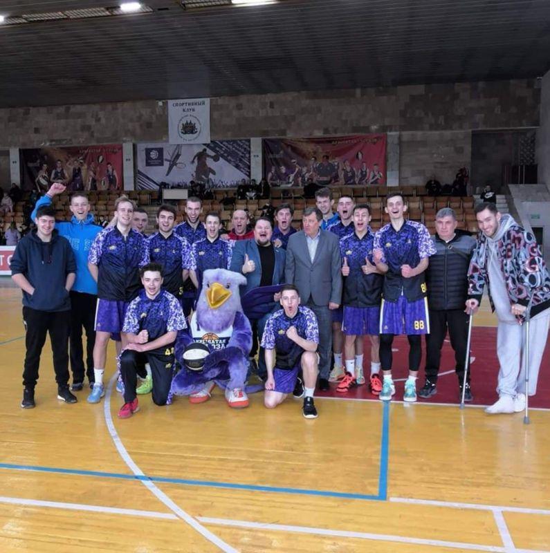 Крымские баскетболисты пробились в «Финал восьми»