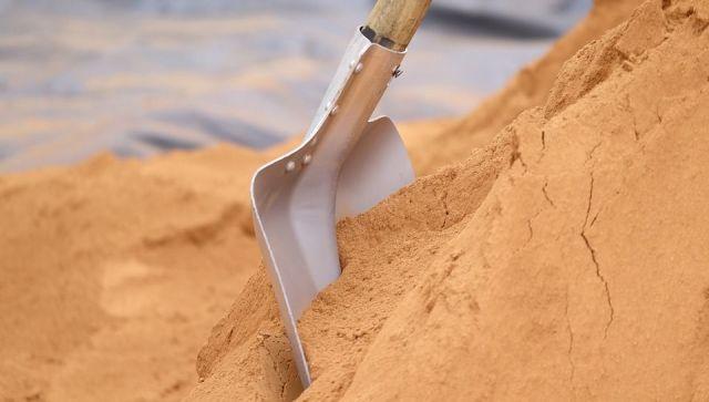 Прокуратура пресекла незаконную добычу песка в Крыму