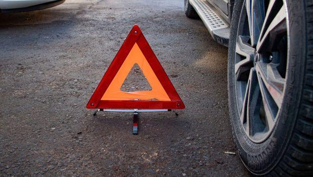 В Крыму столкнулись КамАЗ, автобус и легковое авто: есть погибший