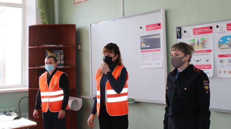 """В Советском районе """"Лаборатория безопасности"""" обучает детей основам дорожной грамотности"""