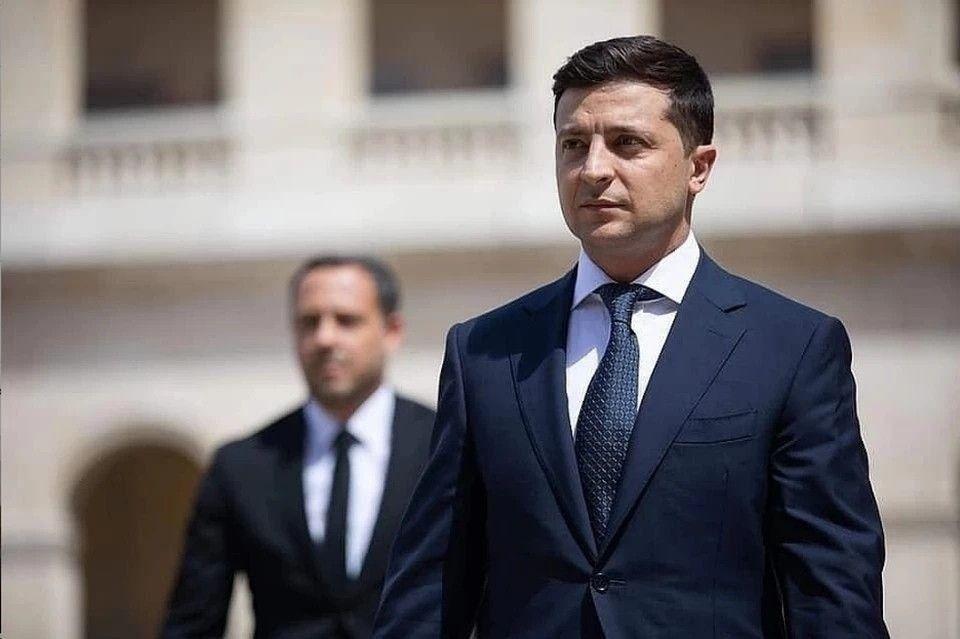 Зеленский призвал Евросоюз ввести новые санкции против России из-за Крыма