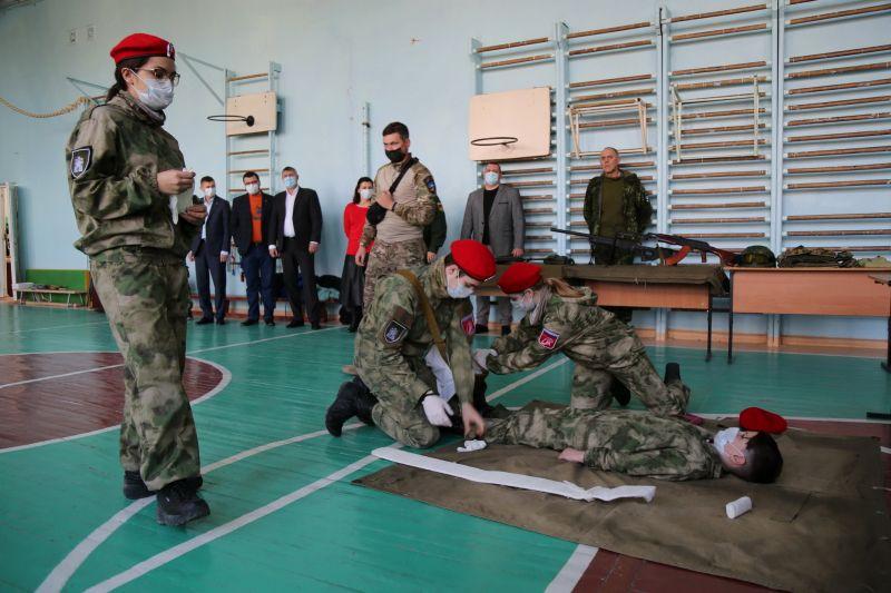 Крымские полицейские приняли участие в акции военно-патриотической направленности