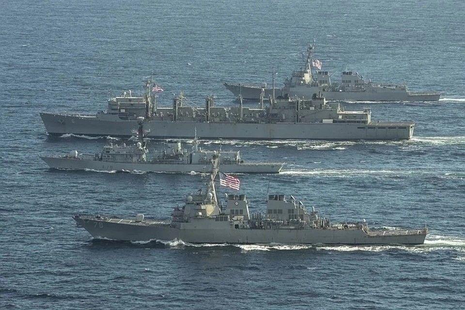 Снова учения: у берегов Крыма зафиксировали 13 кораблей НАТО