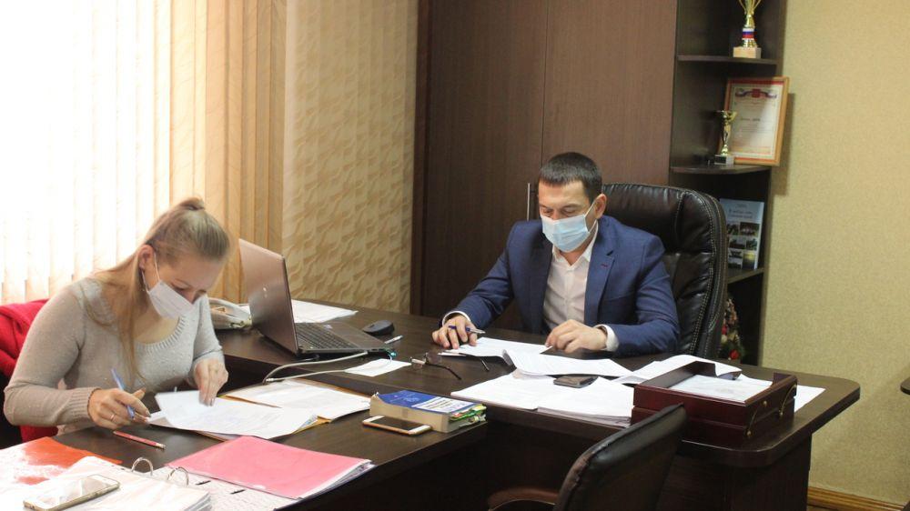 Рустем Халитов провел очередное заседание комиссии по делам несовершеннолетних и защите их прав