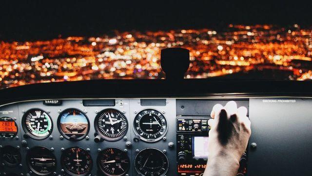 Сложно ли управлять самолетом: стюардесса опровергла популярное мнение