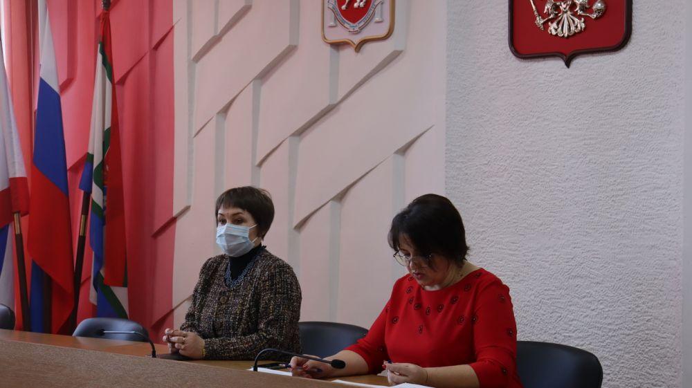 Состоялась внеочередная сессия Кировского районного совета.