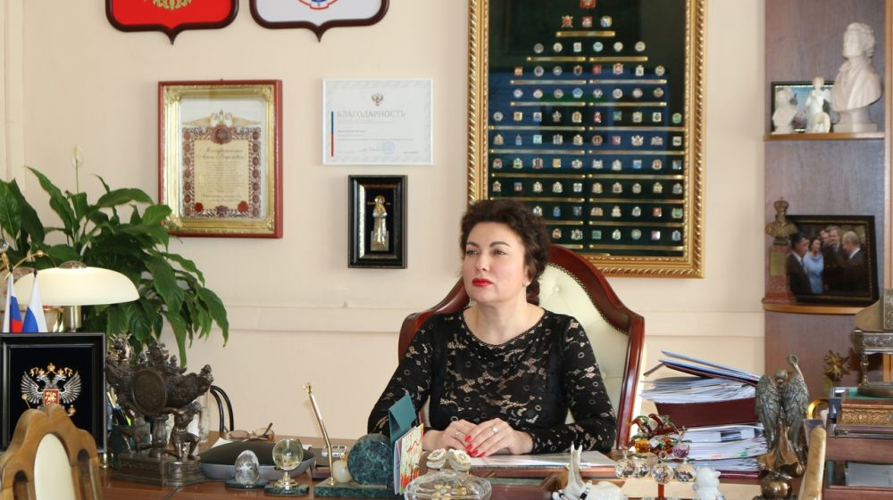 Арина Новосельская приняла участие в совещании по вопросам инфраструктурных проектов в Республике Крым