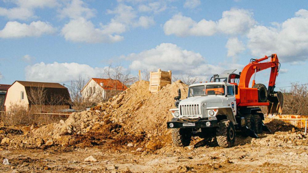 Пиротехники МЧС уничтожили авиабомбу в жилом секторе Севастополя