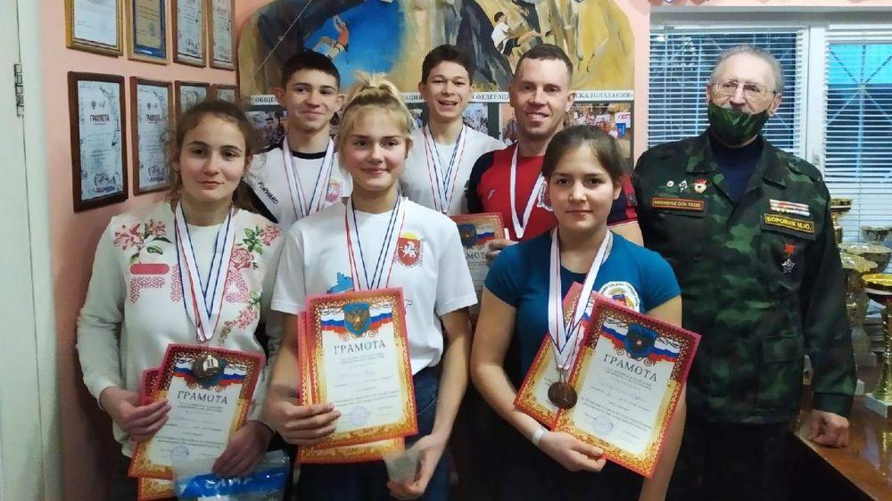 Крымские скалолазы стали победителями и призёрами чемпионата и первенства города Ялты