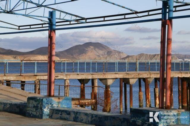 Реконструкцию набережной Коктебеля завершат в середине 2023 года