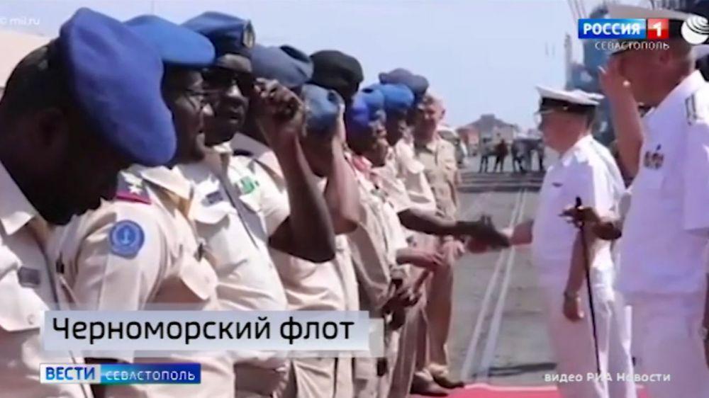 Фрегат Черноморского флота зашёл в порт Судана, в котором появится база ВМФ России