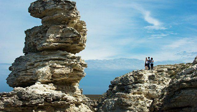 Ученые разработают туристические маршруты по суворовским местам Крыма