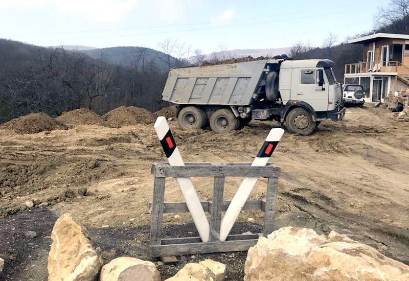 Инспекторы Севприроднадзора пресекли незаконную транспортировку грунта в Байдарской долине