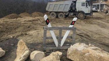 Севприроднадзор фиксирует в Байдарской долине незаконную перевозку грунта