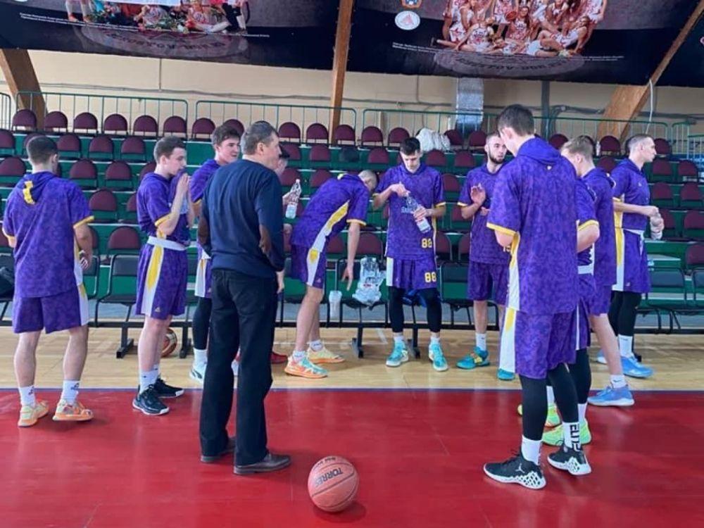 Крымские баскетболисты проиграли принципиальным соперникам из Екатеринбурга
