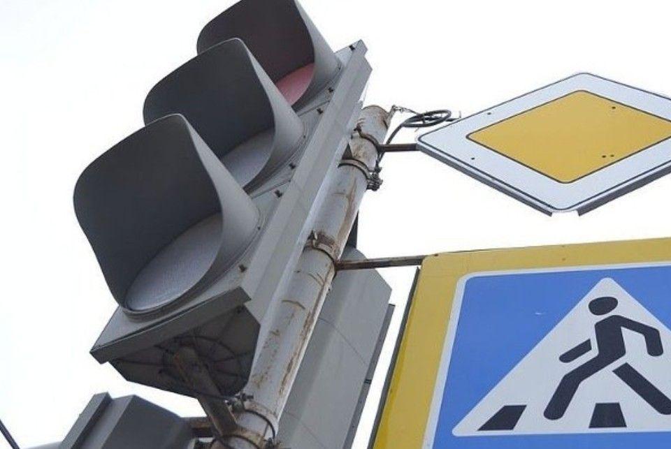 Замена и ремонт: Почему в Симферополе не работают светофоры