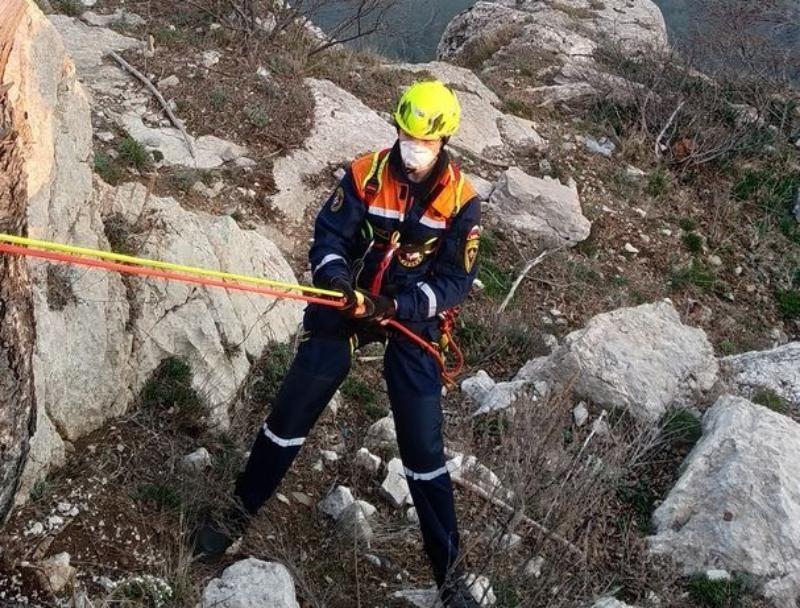 За неделю помощь спасателей в Крыму получили больше десяти человек