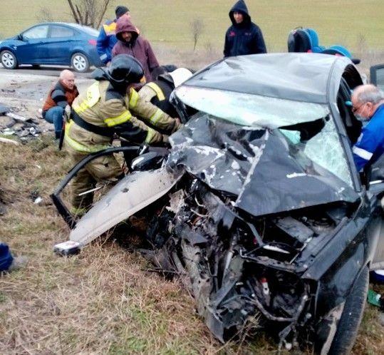 Под Севастополем в ДТП пострадали шестеро, двое детей