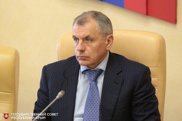 Владимир Константинов поручил профильным комитетам оценить объем ущерба для республики из-за перекрытия Северо-Крымского канала
