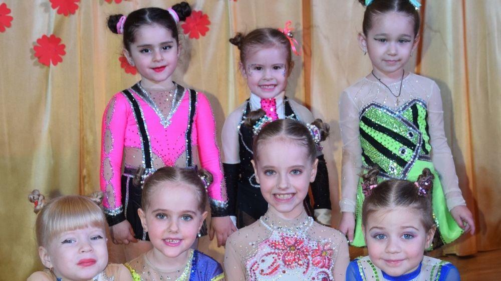 Эстрадно-цирковой коллектив «Этель» дал отчётный концерт