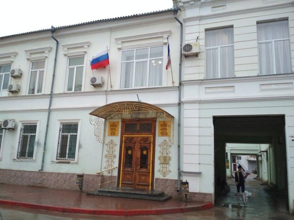 Ложная тревога: минирование здания городской администрации Феодосии не подтвердилось