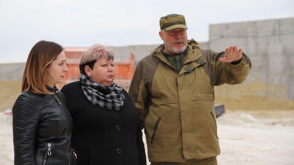 Людмила Пучкова совместно с Екатериной Глинкиной провели мониторинг объектов Федеральной целевой программы