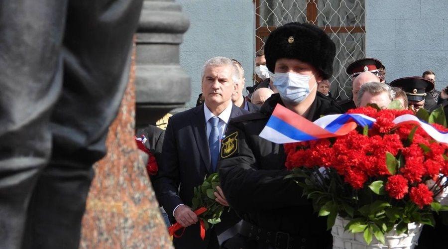 Проблемные вопросы в Крыму сейчас решаются медленнее, чем в 2014 году – Аксёнов