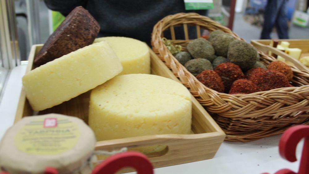 В 2020 году в Республике Крым увеличилось производство сливочного масла, сыров, творога, кефира, сметаны и мороженого