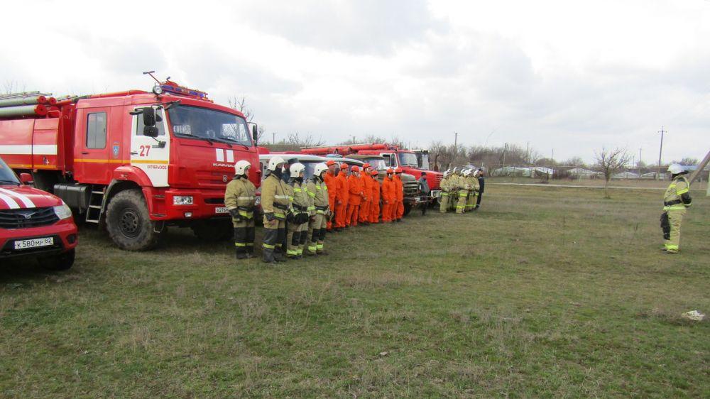 Состоялись учения по тушению лесных пожаров