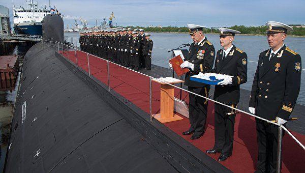 """Экипаж подлодки """"Колпино"""" спел ко Дню моряка-подводника"""