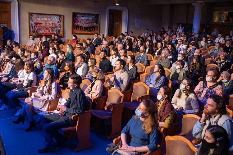 В Севастополе стартовал международный форум молодых кинематографистов