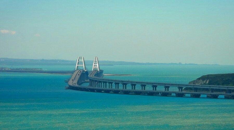 Украина завела уголовное дело из-за российских артистов на Крымском мосту