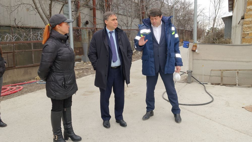 Андрей Рюмшин: Сдача первой очереди строительства приюта для бездомных животных в крымской столице состоится в запланированные сроки