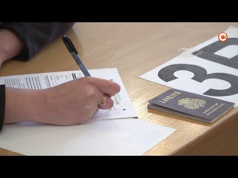 Родители севастопольских школьников попробовали сдать ЕГЭ (СЮЖЕТ)