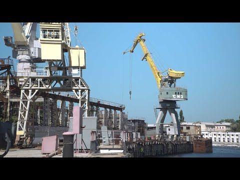Вице-премьер России и губернатор Севастополя обсудили судьбу промышленного комплекса