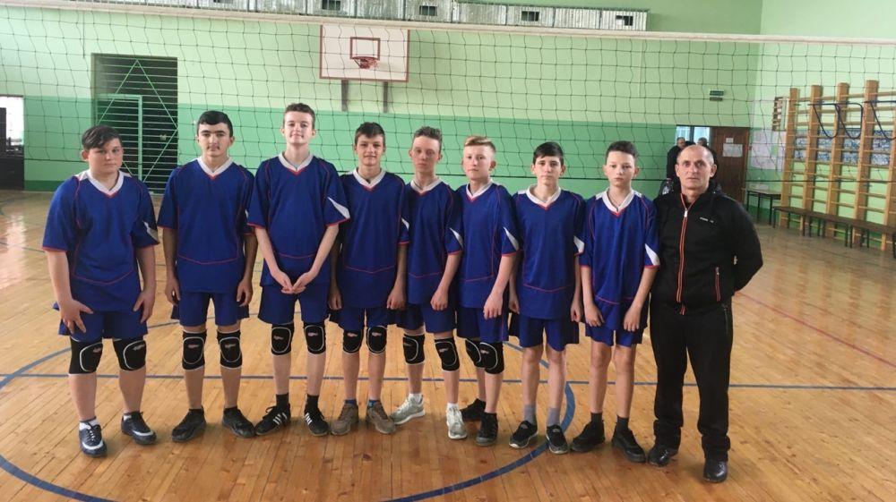 Команды Красноперекопского района – победители зонального этапа Всероссийских соревнований среди общеобразовательных организаций по волейболу «Серебряный мяч»