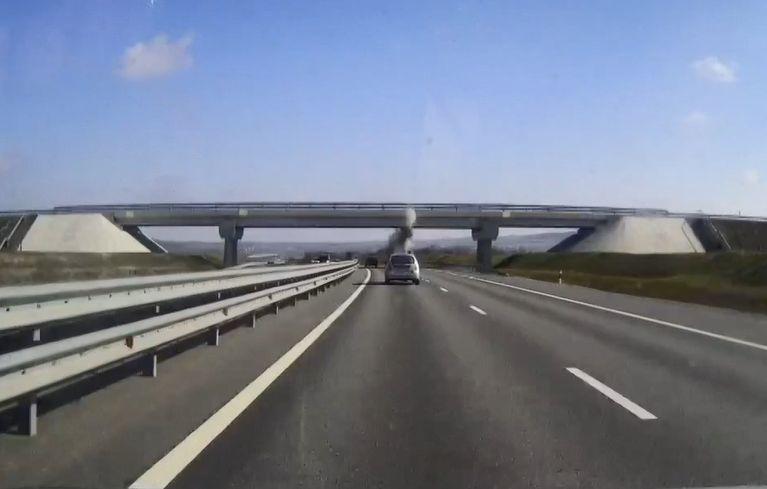 На трассе «Таврида» грузовик врезался в мост
