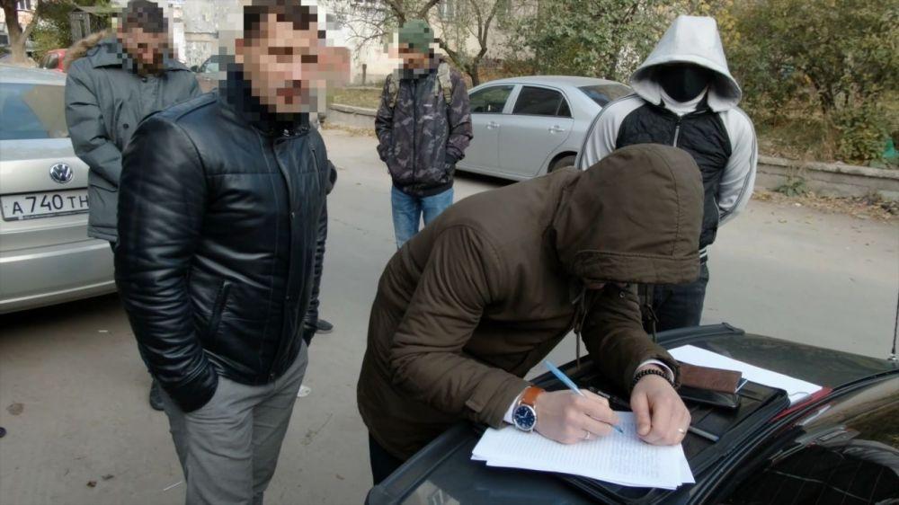 Лже-сотрудник ФСБ в Крыму получил условный срок