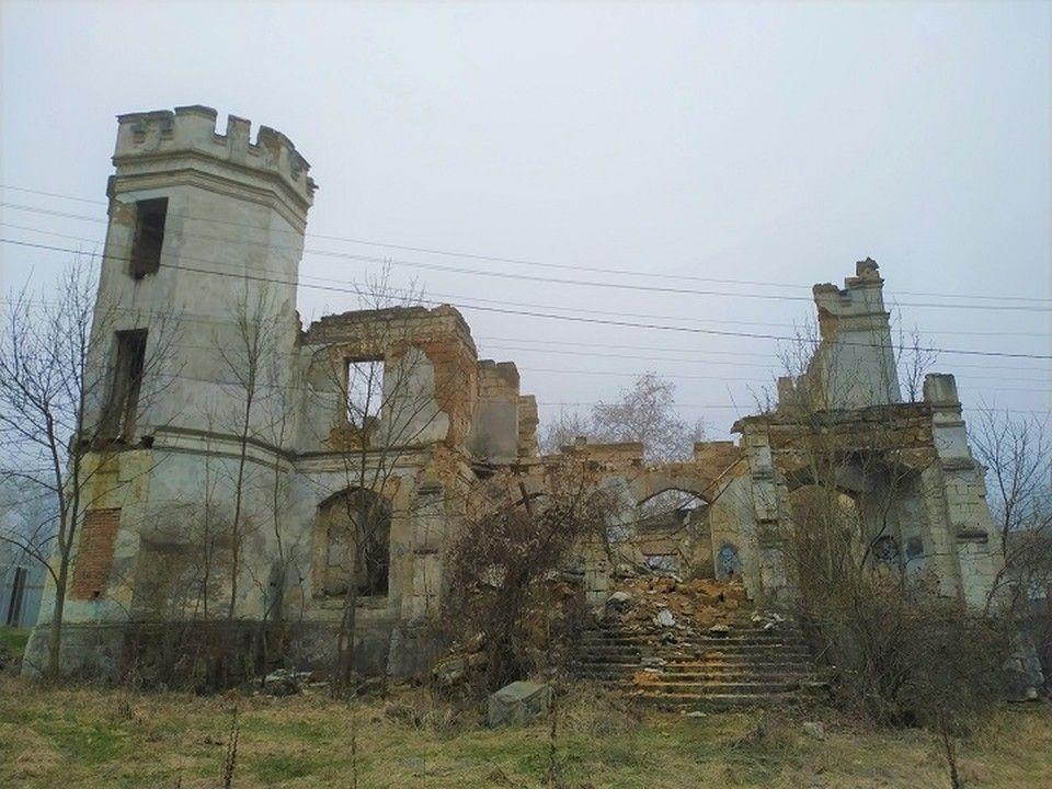 Что происходит с усадьбой Монжене в Крыму?
