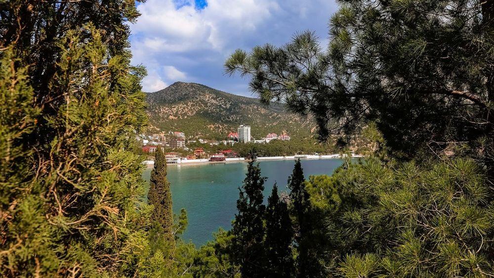 Весна в Крыму: Новый Свет в Крыму очаровывает своей красотой
