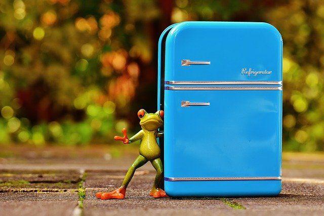 Симферополец продал холодильник со съемной квартиры, чтобы оплатить аренду