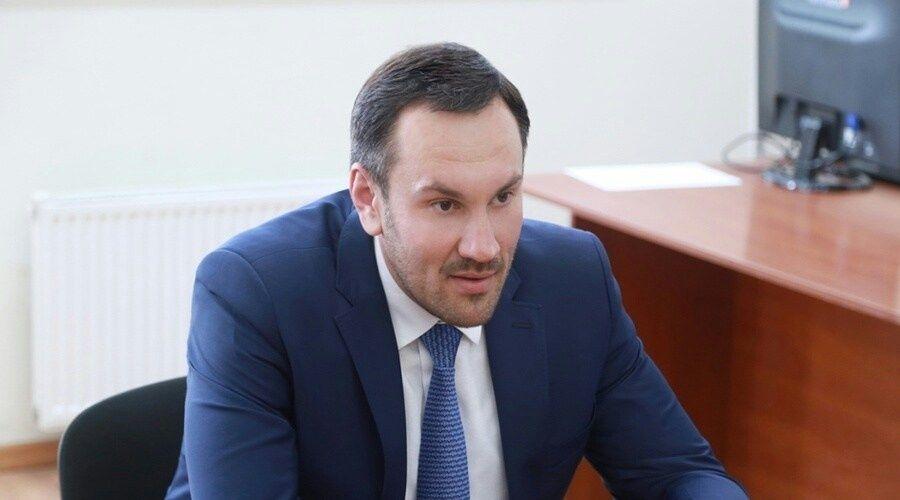 Глава Крыма уволил главу Госкомрегистра Спиридонова