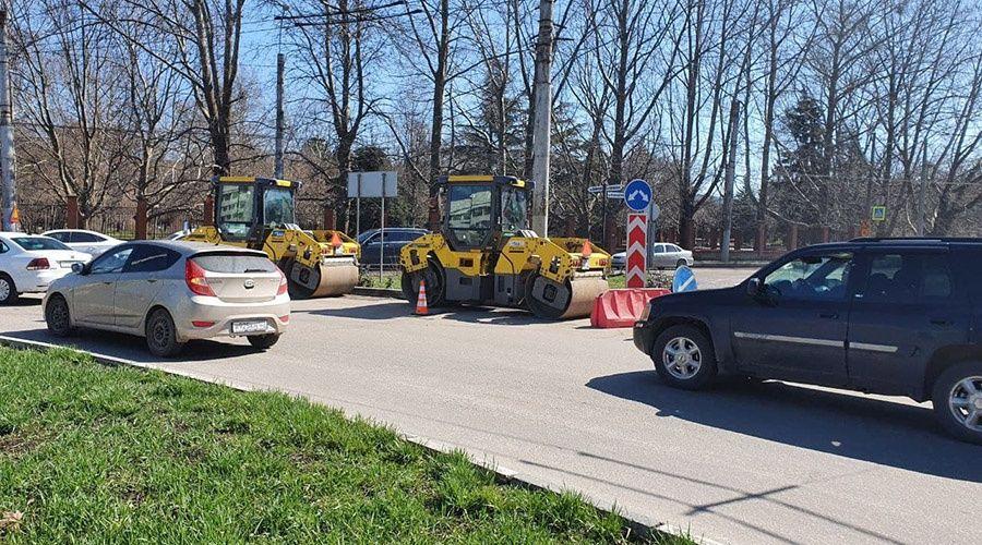 Дорогу на выезде из Симферополя в сторону Ялты перекроют для личного транспорта с 7 апреля