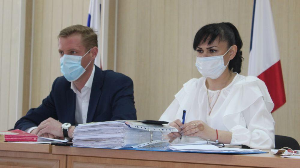 Проведено очередное заседание комиссии по делам несовершеннолетних и защите их прав Симферопольского района