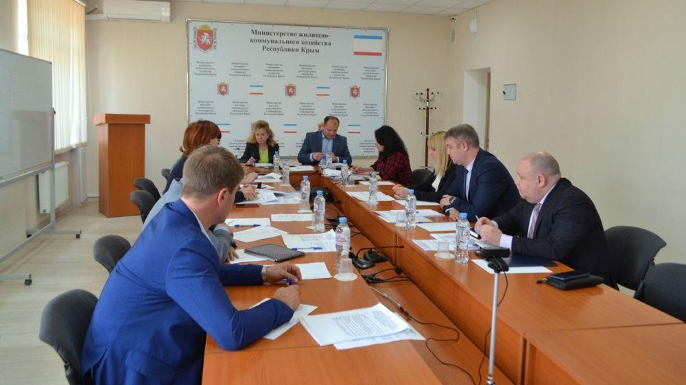 Совещание по вопросам заключения договоров на вывоз ТКО прошло в МинЖКХ РК