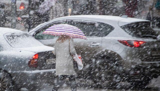 На Крым снова идут снег и дожди: объявлено штормовое предупреждение