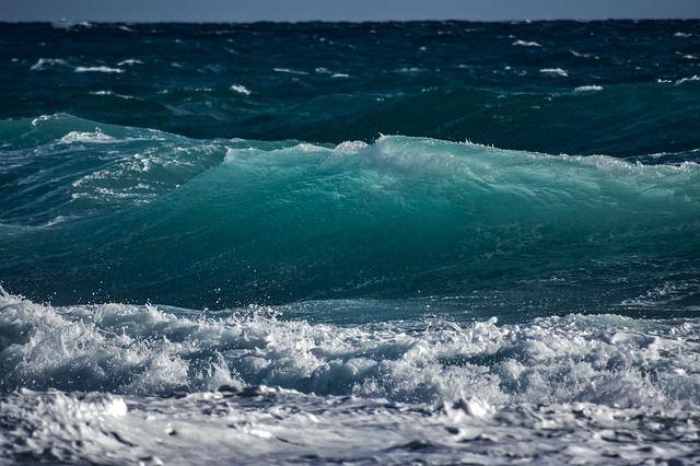 Российские ученые начали поиски пресной воды под Азовским морем