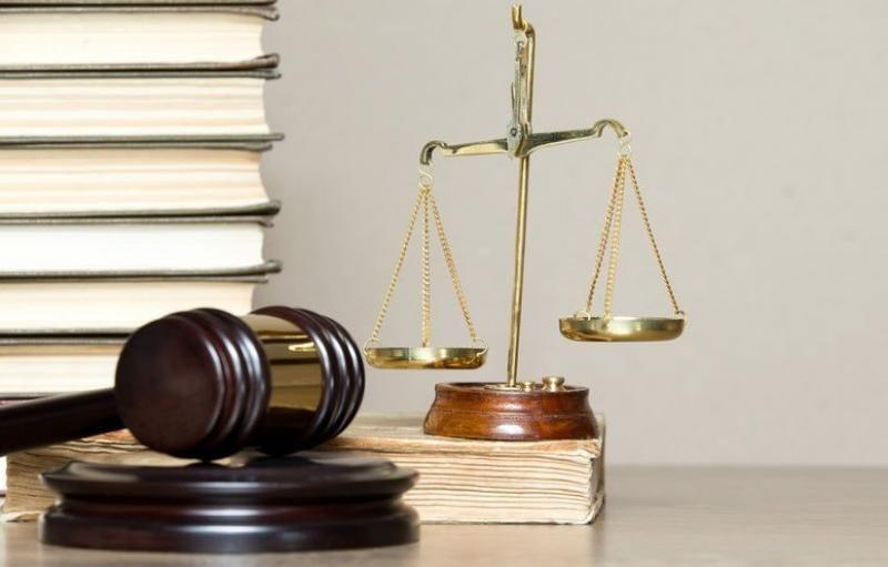 Адвокат из Севастополя пойдет под суд за посредничество при даче взятки