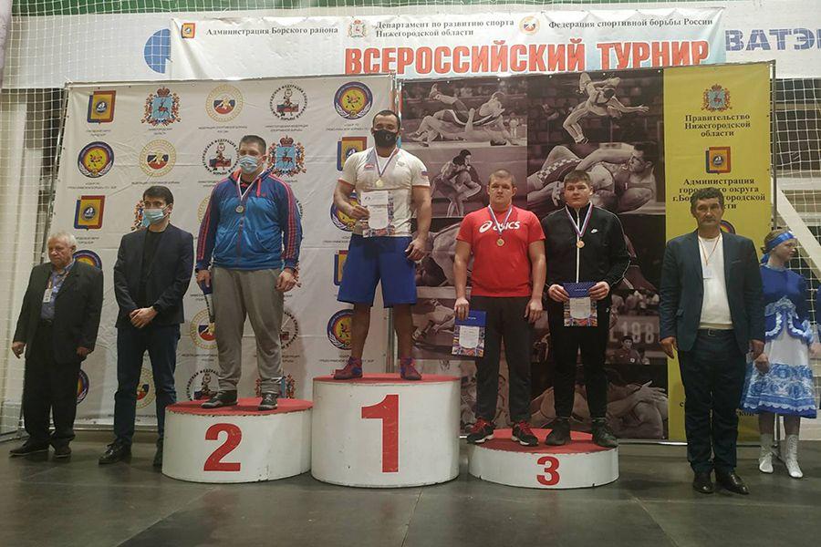 Крыманин стал победителем мастерского борцовского турнира в Нижегородской области