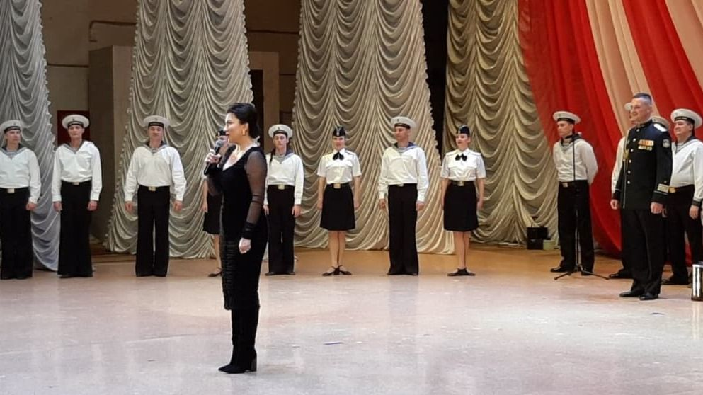 Арина Новосельская поздравила керчан с 77-й годовщиной освобождения города-героя от немецко-фашистских захватчиков